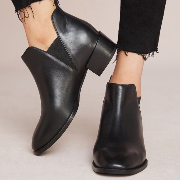 Seychelles Offstage Chelsea Boot